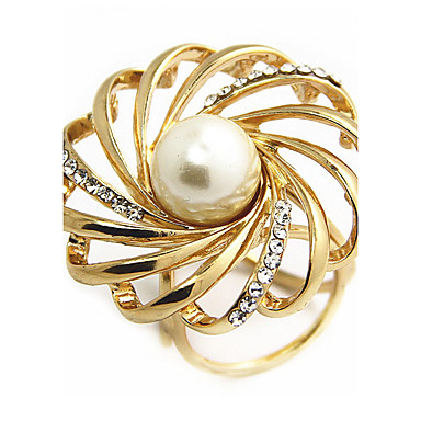 Women's Brooches - Imitation Pearl Classic, Fashion Brooch Gold / Silver For Daily / Casual