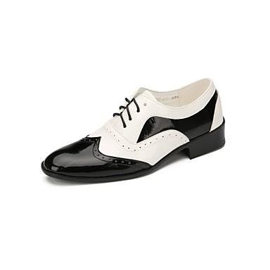 Férfi Modern cipők Műbőr Lapostalpú Illesztés Lapos Dance Shoes Fekete-Fehér / Professzionális