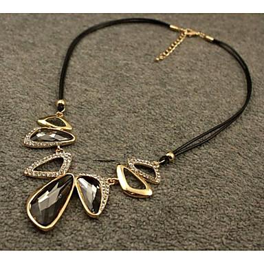 abordables Collier-Collier Pendentif Cristal Elégant Adorable Gris 45 cm Colliers Tendance Bijoux pour Mariage Soirée Forme Géométrique