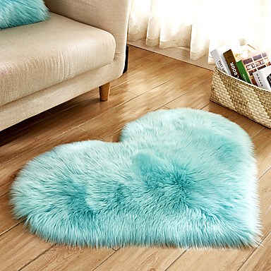 Area Rugs Modern Polyster, Heart Shape Superior Quality Rug