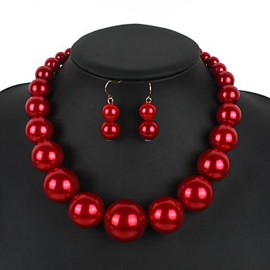 Γυναικεία Γεωμετρική Κοσμήματα Σετ Απομίμηση Μαργαριταριού Απλός, Γλυκός, Μοντέρνα, χαριτωμένο στυλ, Κομψό Περιλαμβάνω Κρεμαστό Σκουλαρίκι Coliere cu Perle Κόκκινο / Σκούρο κόκκινο / Μαύρο / Λευκό Για