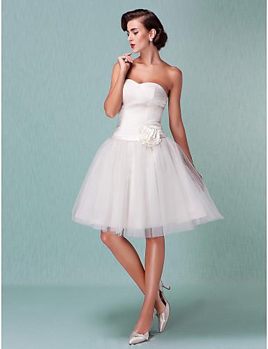 Balo Abiyesi Kalp Yaka Diz Boyu Tül Kurdeleler / Çiçekli / Haç ile Kıyafetli Gelinlikler tarafından LAN TING BRIDE® / Küçük Beyaz Elbiseler