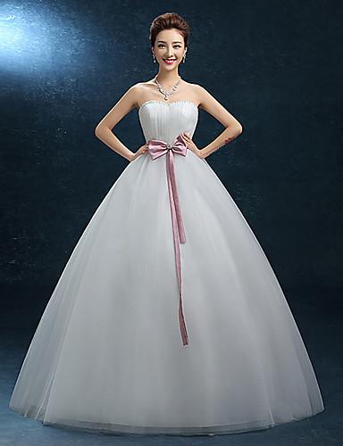 גזרת A לב (סוויטהארט) עד הריצפה תחרה טול שמלת חתונה עם תחרה על ידי