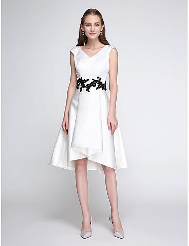 A-Linie Leger & Aufgebauscht V-Ausschnitt Knie-Länge Satin Cocktailparty / Abiball Kleid mit Applikationen durch TS Couture®