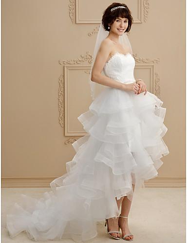 Báli ruha Szív-alakú Aszimmetrikus Csipke Tüll Esküvői ruha val vel Csipke Fodros által LAN TING BRIDE®