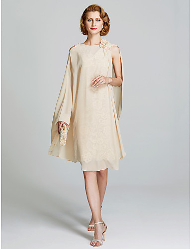 voordelige Wrap Dresses-Strak / kolom V-hals Tot de knie All Over Lace Bruidsmoederjurken met Appliqués / Plooien door LAN TING BRIDE®