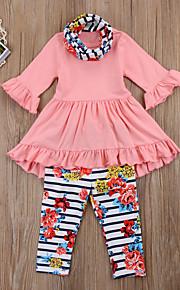 Toddler Dívčí Základní Květinový Volány / Tisk Poloviční rukáv Dlouhé Krátké Bavlna / Polyester / Spandex Sady oblečení Světlá růžová