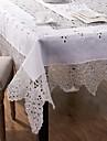 brodera duk handgjord vit duk