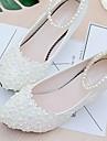 Femme Chaussures Dentelle / Polyurethane Printemps / Automne A Bride Arriere Chaussures de mariage Talon Bas Billes / Imitation Perle /