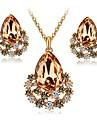 Pentru femei Cristal / Diamant sintetic Set bijuterii - Cristal, Diamante Artificiale Picătură Clasic, Modă, Elegant Include Cercei Stud / Lănțișor Cafeniu Închis / Roz Pentru Logodnă / Ceremonie