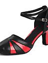 בגדי ריקוד נשים נעליים מודרניות עור פטנט סנדלים / עקבים אבזם עקב קובני מותאם אישית נעלי ריקוד שחור אדום
