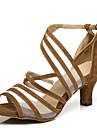 Kadın\'s Patentli Deri Latin Dans Ayakkabıları Ayrık Renkler Topuklular Kıvrımlı Topuk Siyah / Sarı / Kırmzı / Performans / Egzersiz
